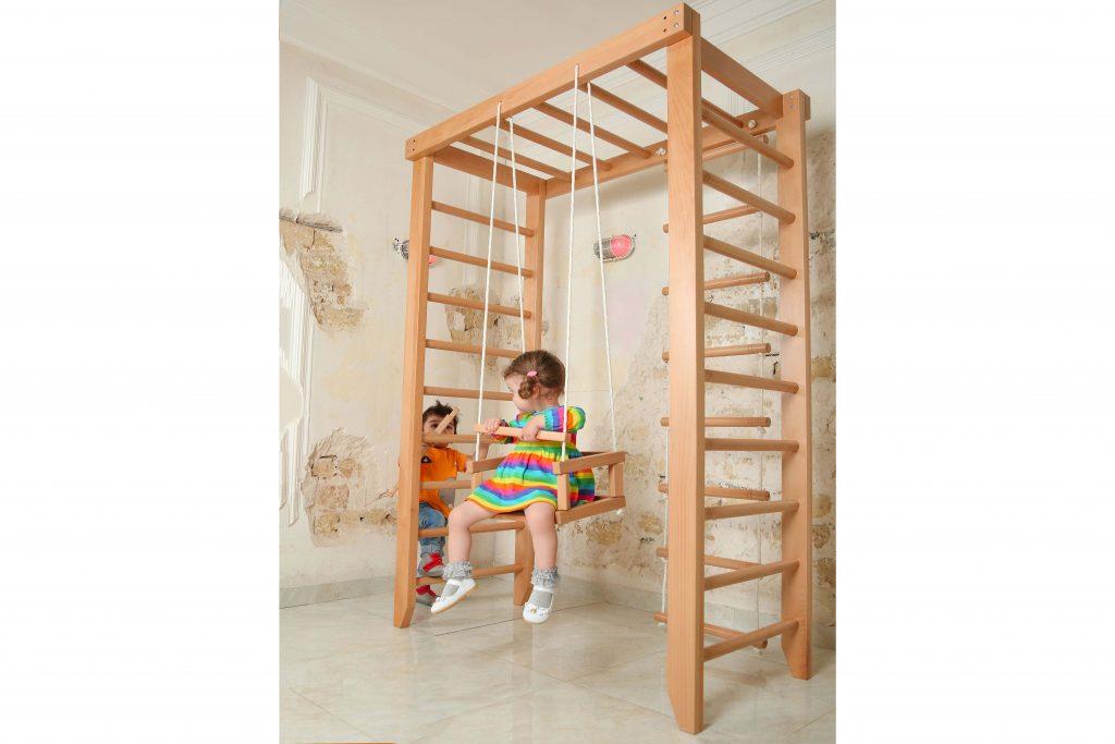 کودک | اسباب بازی | خانه چوبی | اسباب بازی چوبی | کودک خلاق | کودک شاد | کودک و بازی | کودک راوی